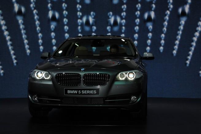 2011-bmw-5-series-geneva-motor-show-941