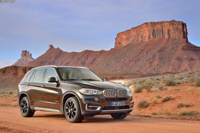 2013-BMW-X5-F15-xDrive50i-SUV-weiss-IAA-04