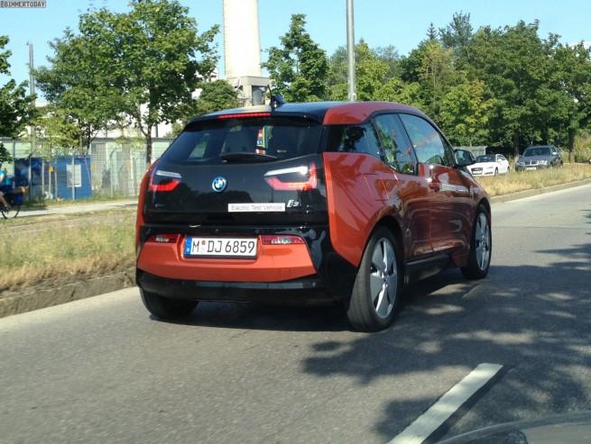 2013-BMW-i3-Solarorange-Live-Foto-ungetarnt-Elektroauto-04