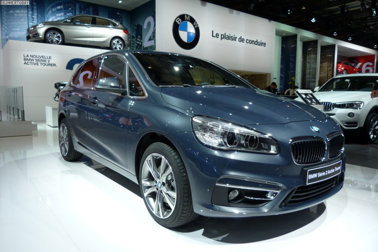 2014-BMW-2er-Active-Tourer-F45-220d-xDrive-Atlantikgrau-Paris-Autosalon-LIVE-01