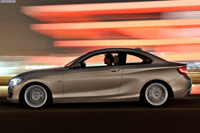 2014-BMW-2er-Coupe-F22-220d-Modern-Line-08