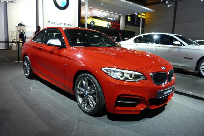 2014-BMW-M235i-2er-F22-Melbourne-Rot-AMI-Leipzig-LIVE-01
