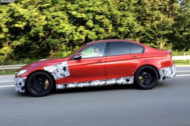 2014-BMW-M3-F80-Limousine-Erlkoenig-Spyshot-Autobahn