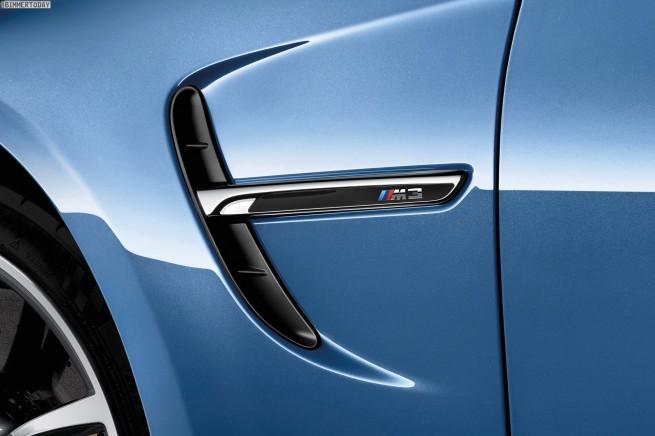 2014-BMW-M3-Limousine-F80-Yas-Marina-Blau-F30-01