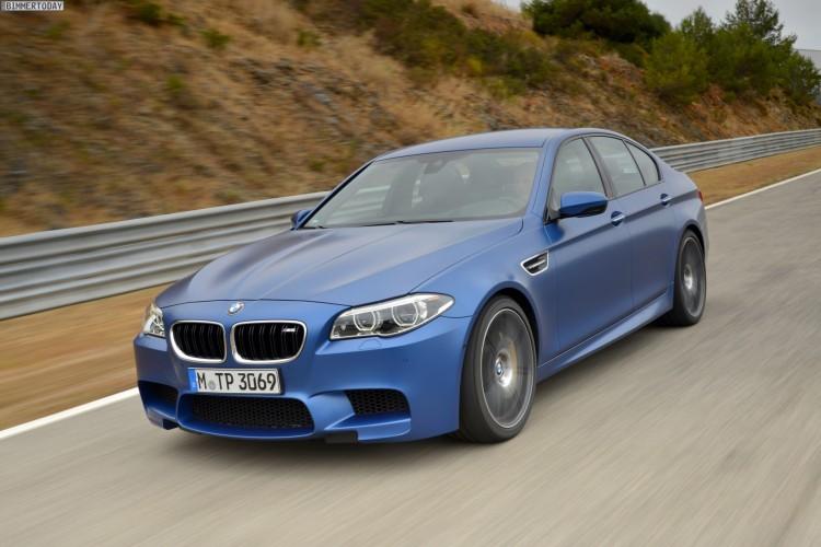 2014-BMW-M5-F10-LCI-Competition-Paket-Frozen-Blue-04