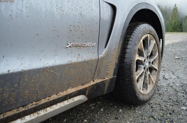 2014-BMW-X5-xDrive30d-F15-grau-Fahrbericht-02