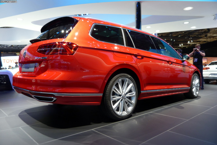 2014-VW-Passat-Variant-R-Line-4Motion-TDI-Paris-Autosalon-LIVE-02