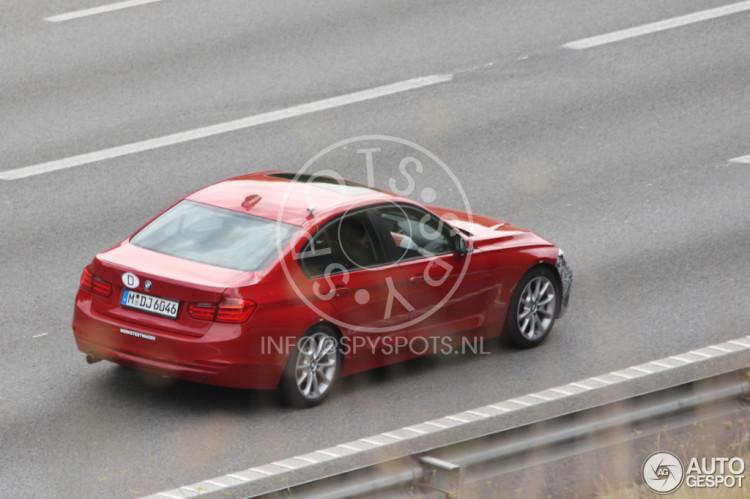 2015-BMW-3er-F30-LCI-Facelift-Erlkoenig-Autogespot-2
