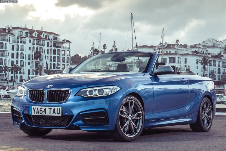 BMW-2er-Cabrio-F23-M235i-Wallpaper-UK-Estorilblau-02
