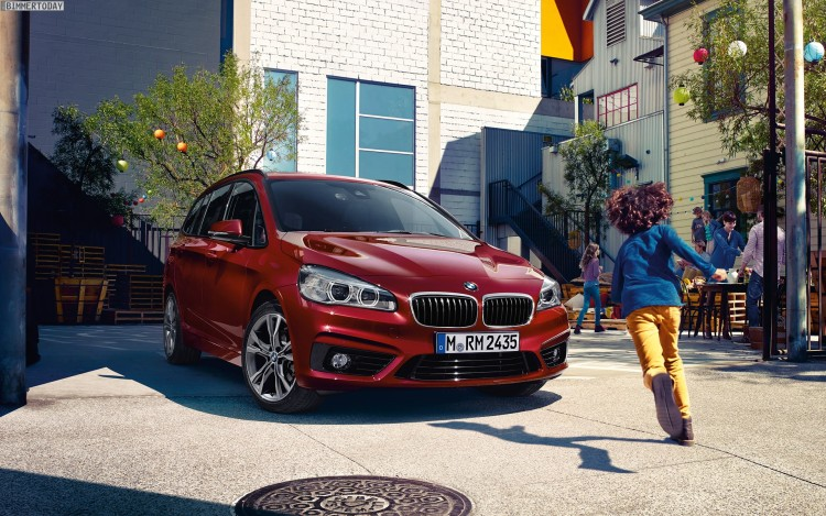 BMW-2er-Gran-Tourer-Wallpaper-05