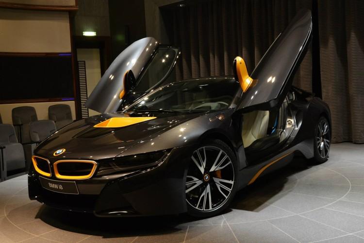 BMW-i8-Folierung-Gelb-Grau-Abu-Dhabi-01