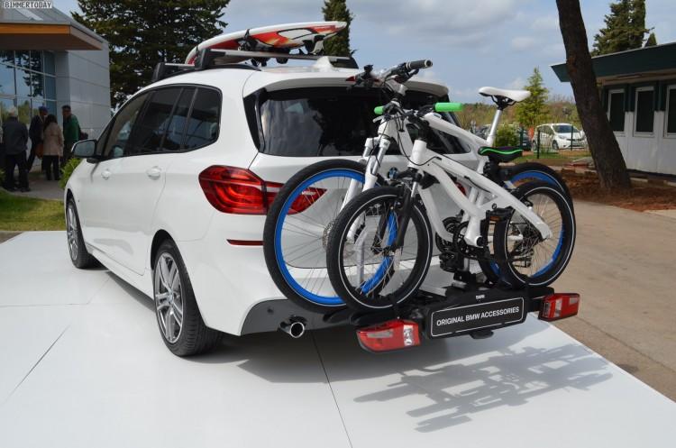 BMW-2er-Gran-Tourer-F46-Zubehoer-Fahrrad-Traeger-05