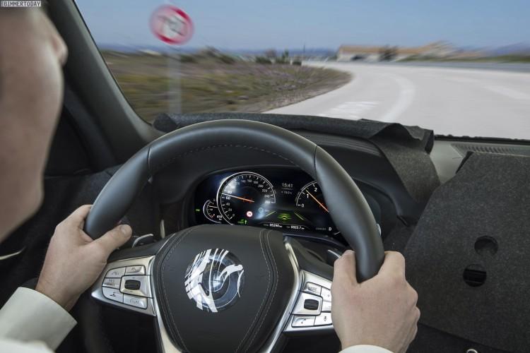 BMW-7er-2015-Assistenzsysteme-02