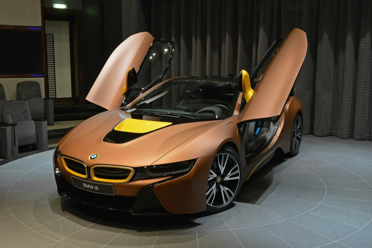 BMW-i8-Folierung-Kupfer-matt-Abu-Dhabi-03