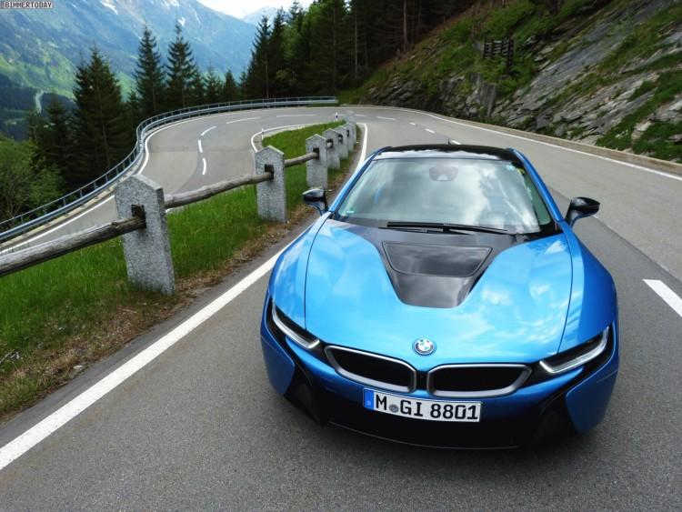 Fahrbericht-BMW-i8-Protonic-Blue-15