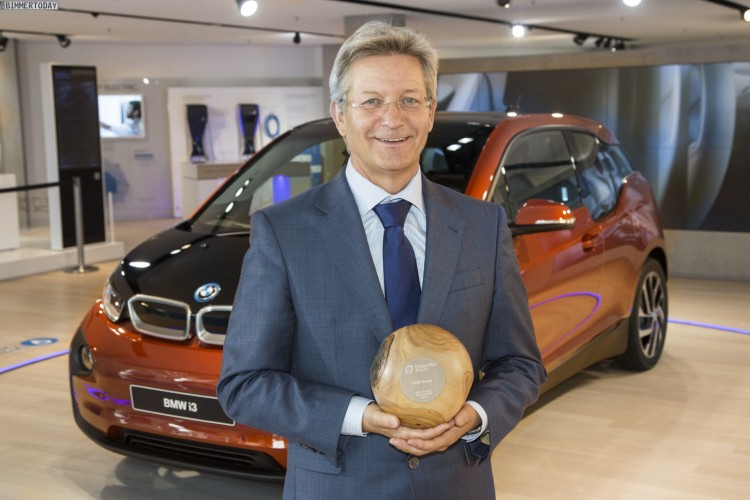 Green-Tec-Award-2015-BMW-i-intermodale-Routenfuehrung-i3-i8
