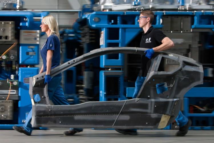 BMW-EfficientDynamics-Forschungsfahrzeug-2015-Carbon-Plug-in-Hybrid