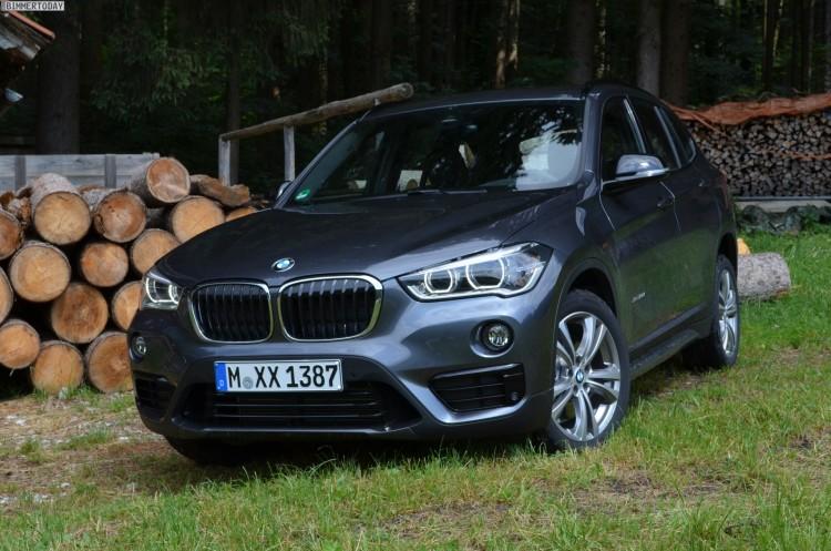 2015-BMW-X1-F48-Sport-Line-Grau-01
