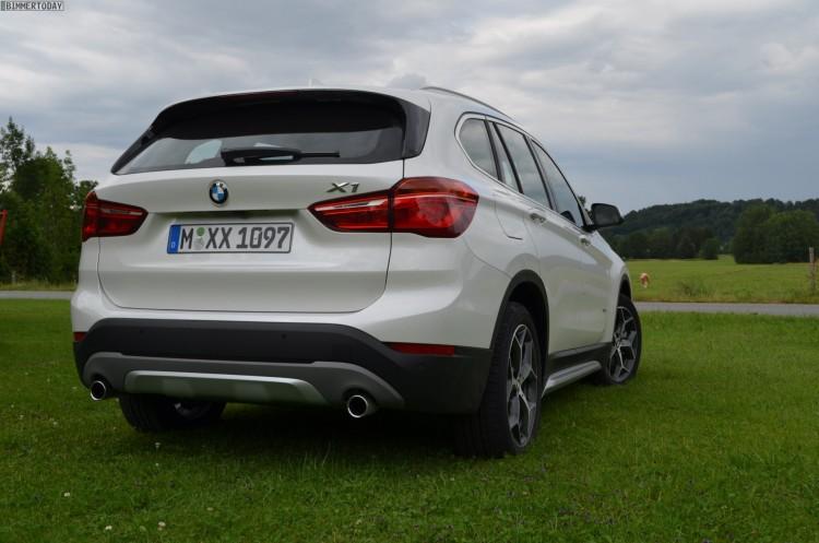 2015-BMW-X1-F48-xLine-weiss-05