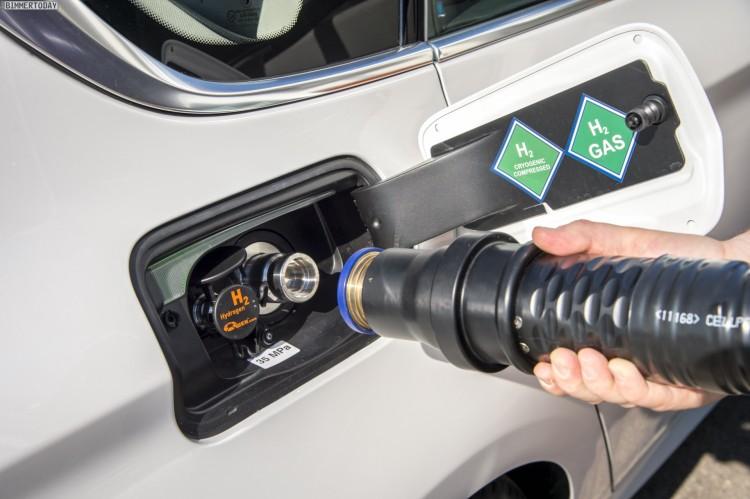 BMW-Brennstoffzelle-Prototyp-Wasserstoff-tanken-06