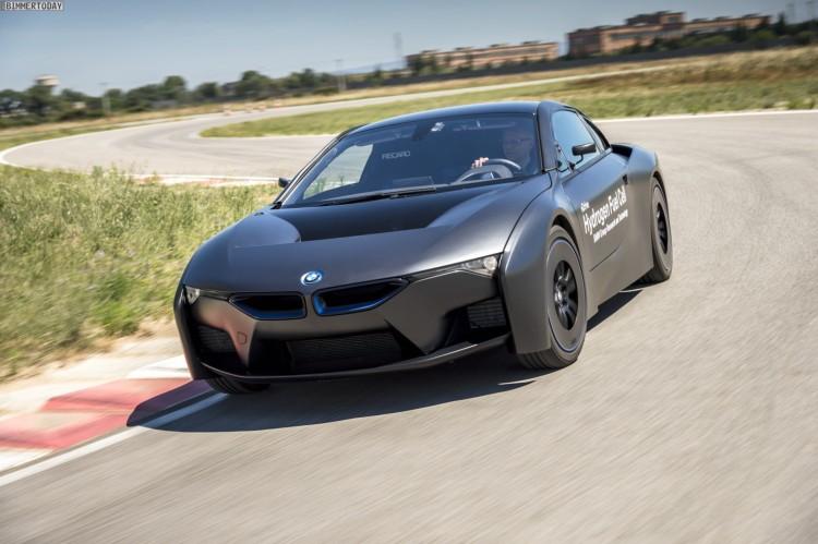BMW-Brennstoffzelle-Prototyp-i8-FCEV-2012-02