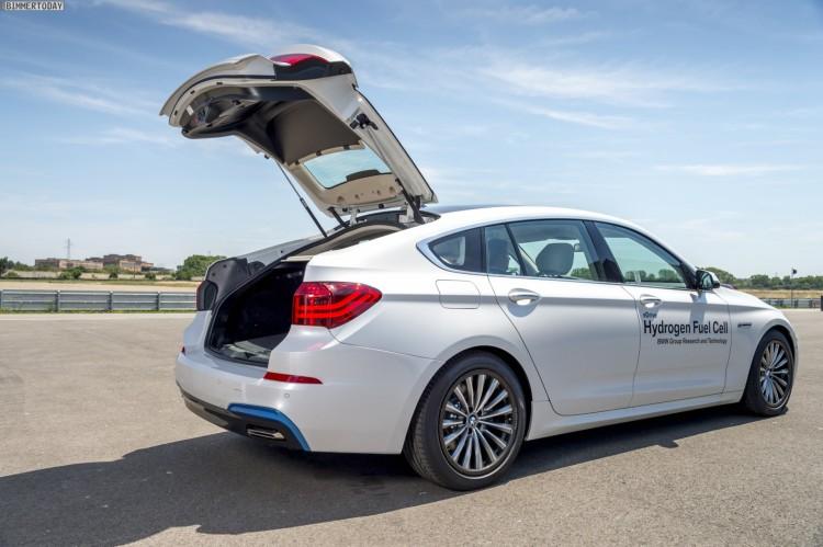 BMW-Carbon-Leichtbau-Karosserie-Teile-Prototyp-07