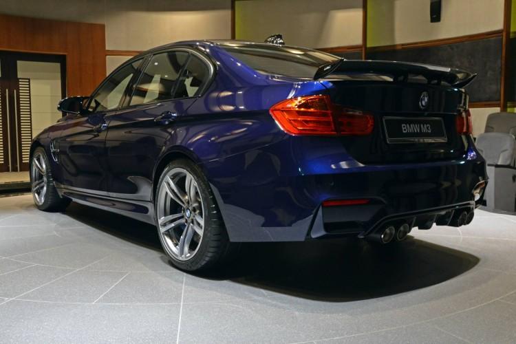 BMW-M3-F80-Tuning-Individual-Tansanitblau-Abu-Dhabi-04