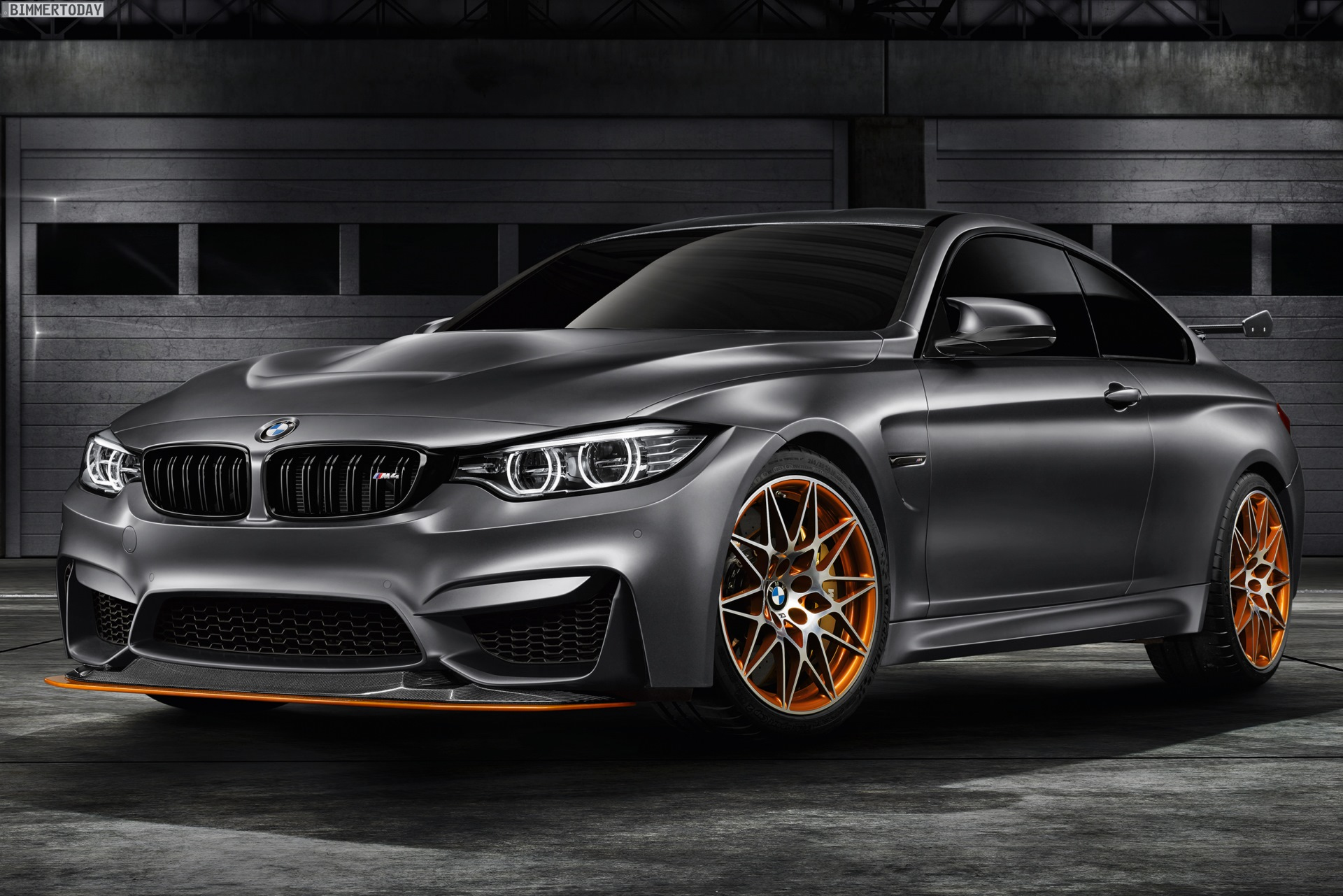 Bmw M4 Gts Concept Bringt Motorsport Nach Pebble Beach