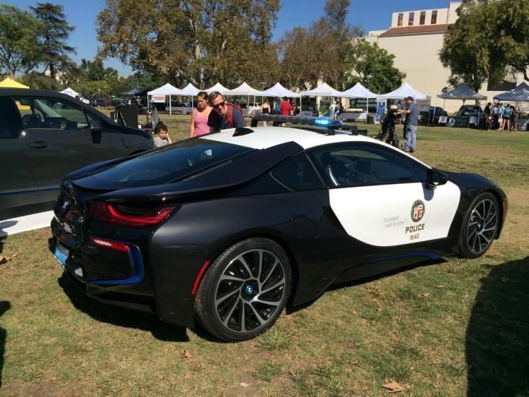 BMW-i8-Polizei-Auto-LAPD-2015-02