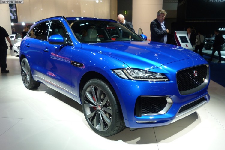 Jaguar-F-Pace-First-Edition-Caesium-Blue-SUV-IAA-2015-LIVE-01