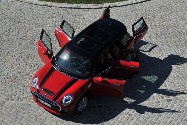 2015-MINI-Clubman-F54-Chili-Red-JCW-Exterieur-Paket-01