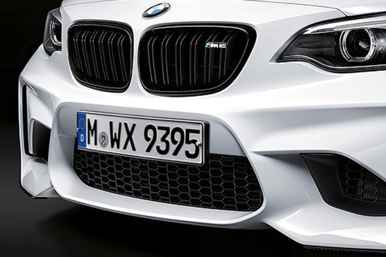 bmw m2 m performance tuning zubeh r auf ersten fotos. Black Bedroom Furniture Sets. Home Design Ideas