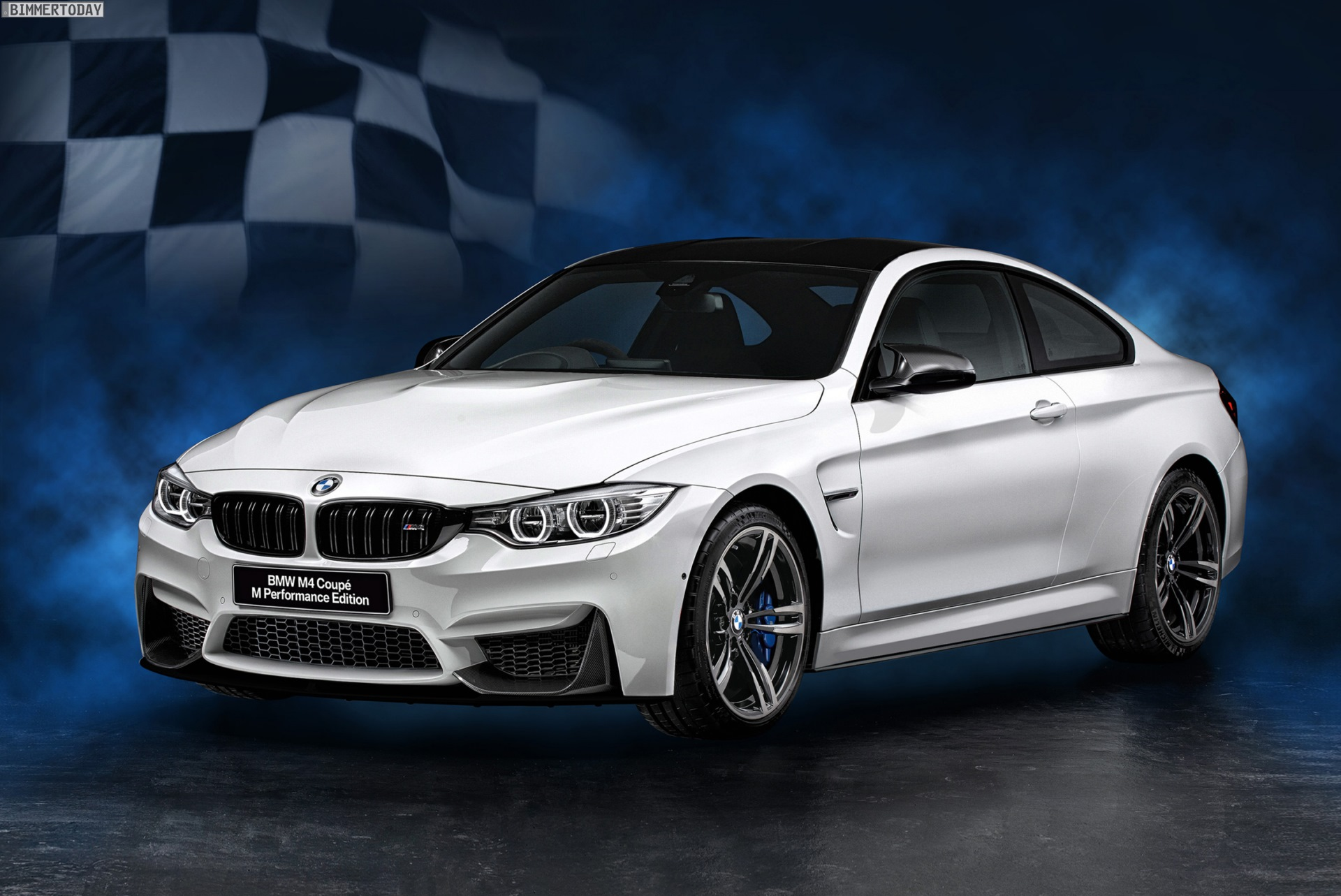 Bmw M4 M Performance Edition Und Individual Edition F 252 R Japan