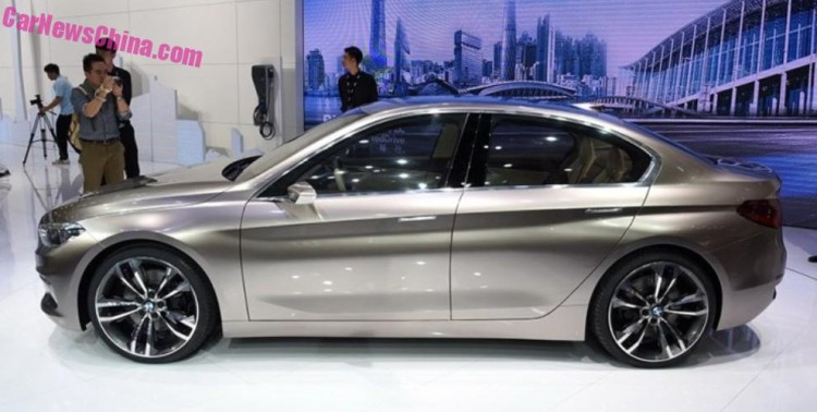 BMW-Compact-Sedan-1er-Guangzhou-2015-04