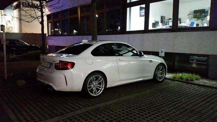BMW-M2-Alpinweiss-ungetarnt-02