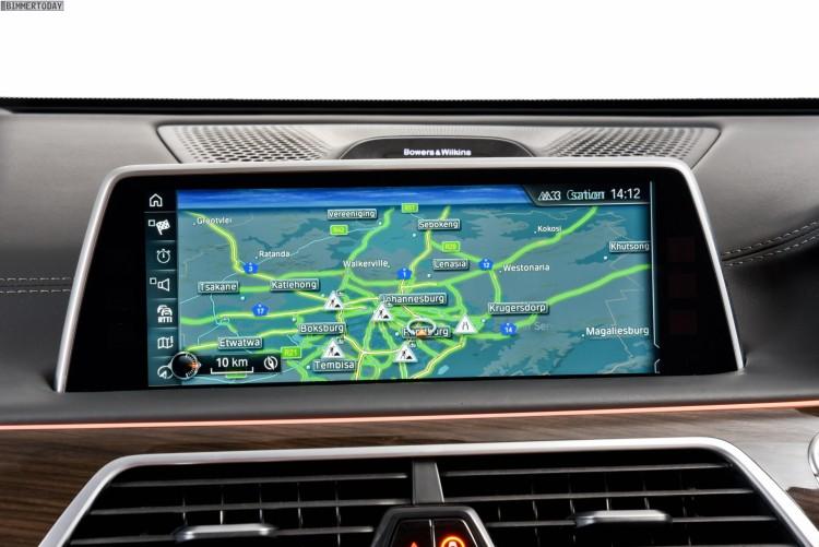 2015-BMW-7er-G11-Innenraum-RHD-Suedafrika-11