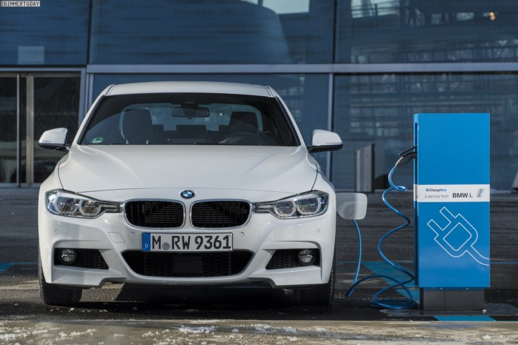 BMW-330e-Plug-in-Hybrid-3er-2016-31