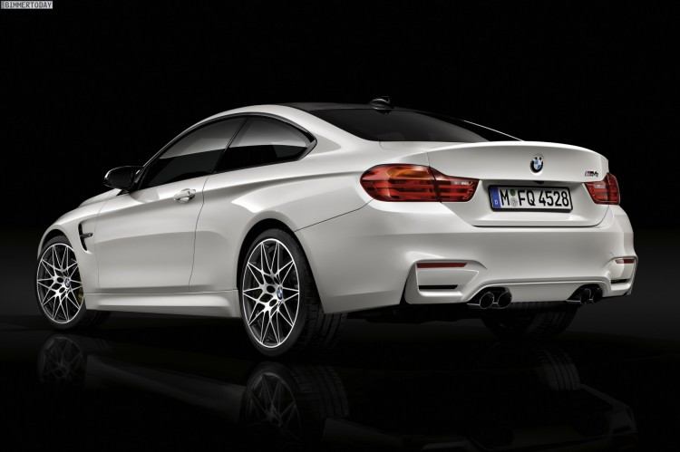BMW-M4-Competition-Paket-F82-450-PS-02
