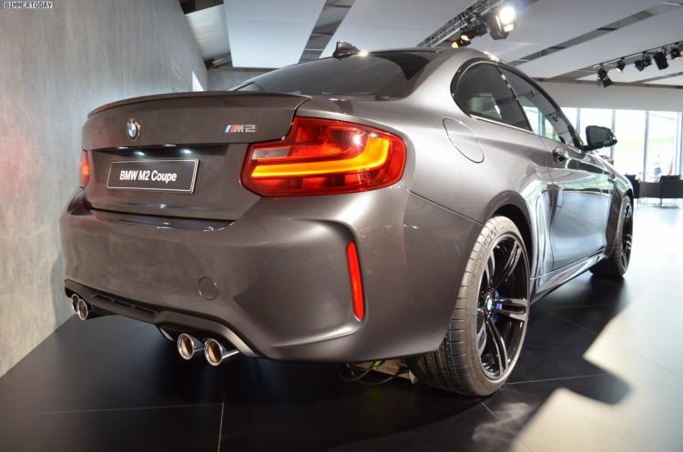 BMW-M2-Mineralgrau-F87-Mineral-Grey-05