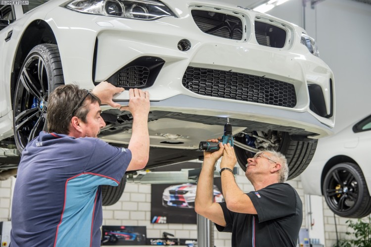 BMW-M2-Safety-Car-2016-Entstehung-M-Manufaktur-08