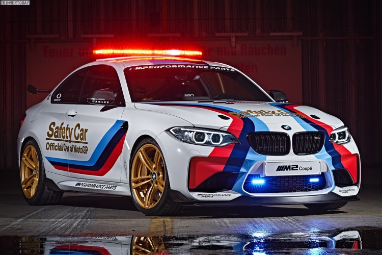 BMW-M2-Safety-Car-2016-MotoGP-F87-01