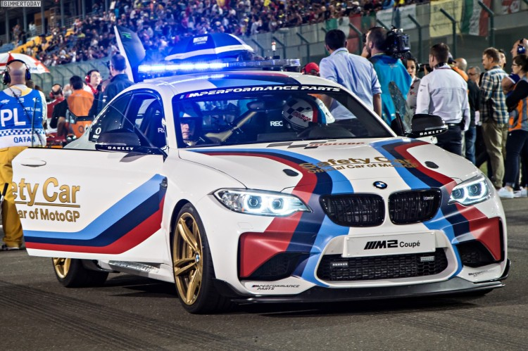 BMW-M2-Safety-Car-2016-MotoGP-Katar-01