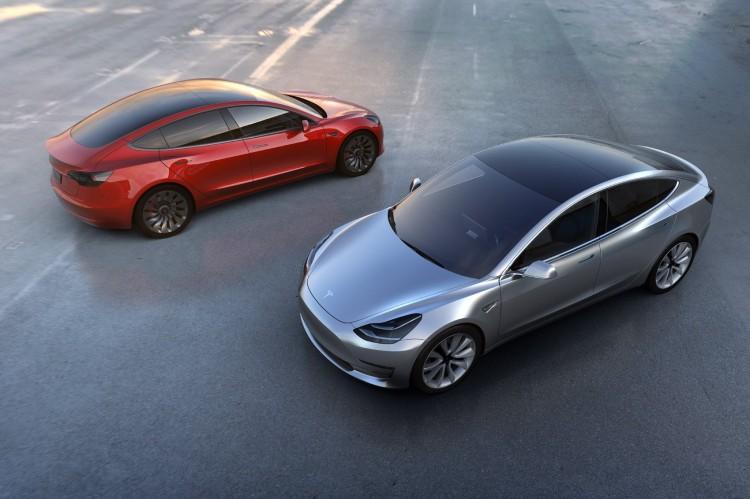 Tesla-Model-3-2018-Elektroauto-Mittelklasse-05