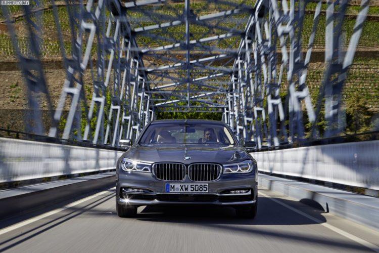 2016-BMW-750d-xDrive-G11-750Ld-G12-03