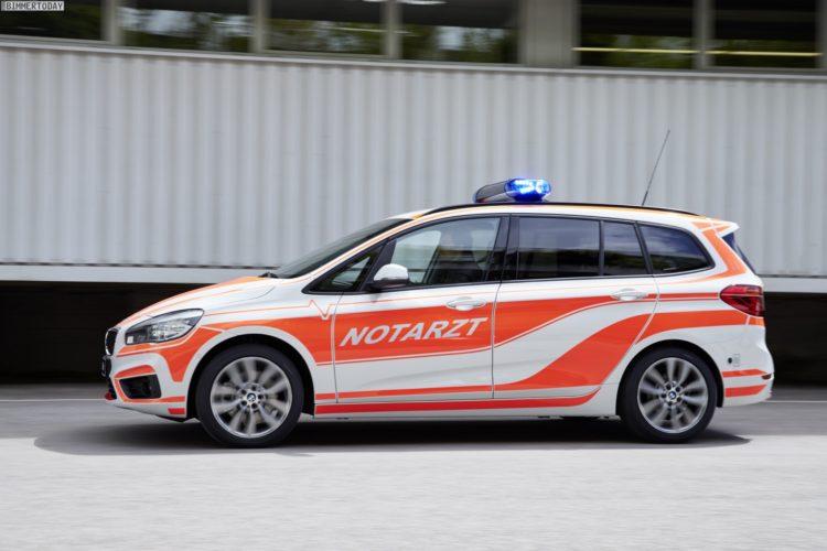 Notarzt-BMW-2er-Active-Tourer-F45-220d-RettMobil-2016-10