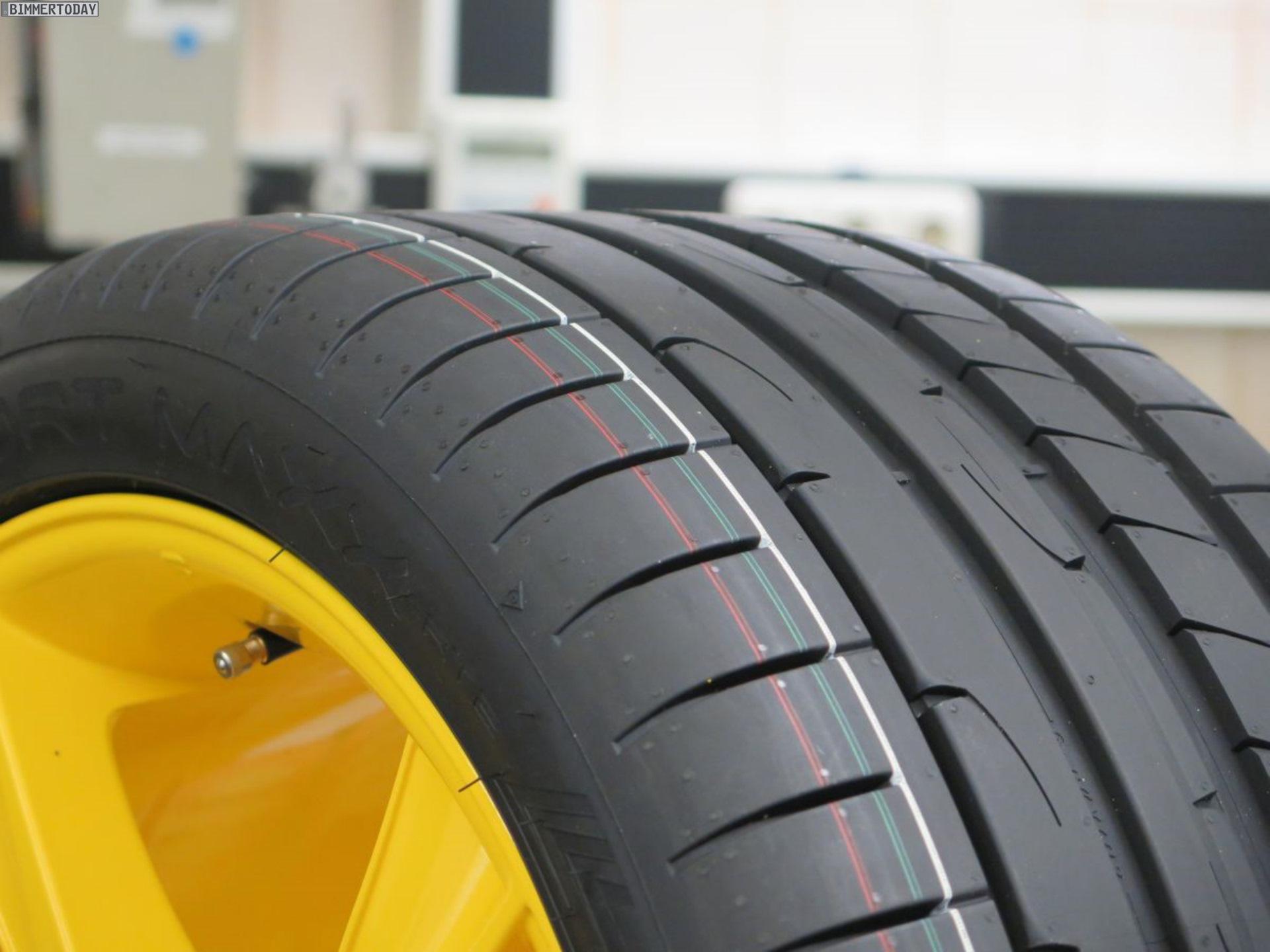 Anzeige Dunlop Zeigt Reifen Entwicklung Und Produktion