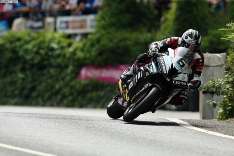 Isle-of-Man-TT-2016-BMW-S-1000-RR-Michael-Dunlop-04