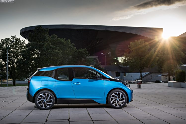 2016-BMW-i3-94Ah-Protonic-Blue-33-kWh-Elektroauto-22