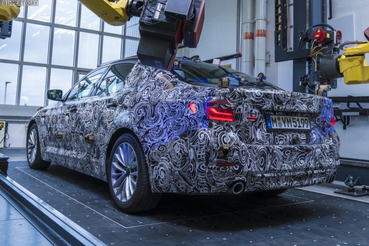 2017-BMW-5er-G30-3D-Modell-Limousine-Erlkoenig-01