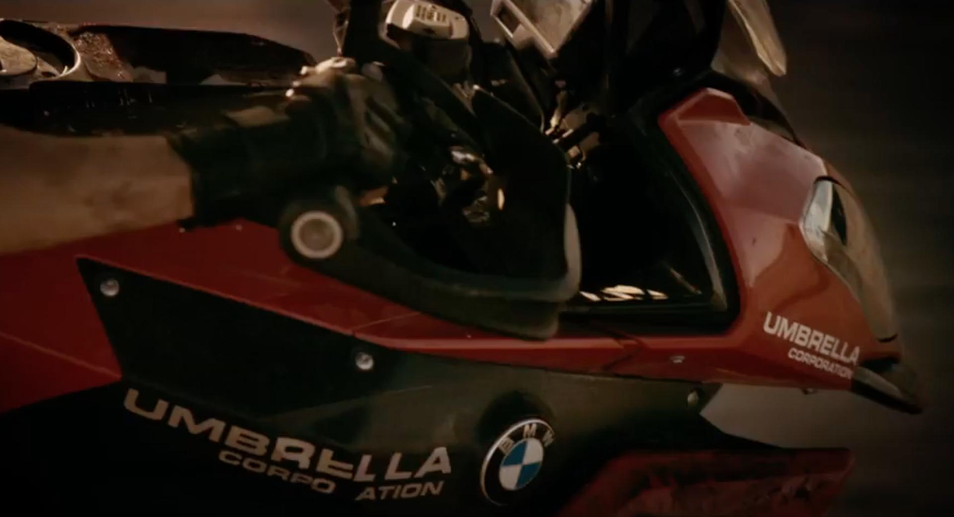 Bmw Motorrad Platziert Sich In Resident Evil The Final